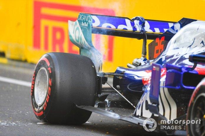 Daniil Kvyat, Toro Rosso después de chocar en la PL2