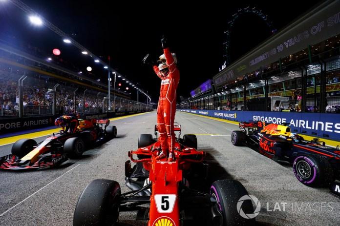 Singapur 2017: su cuarta pole con Ferrari llega en el mismo lugar de la primera.