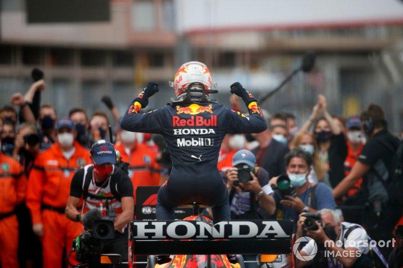 Max Verstappen, Red Bull Racing, 1st position, arrives in Parc Ferme