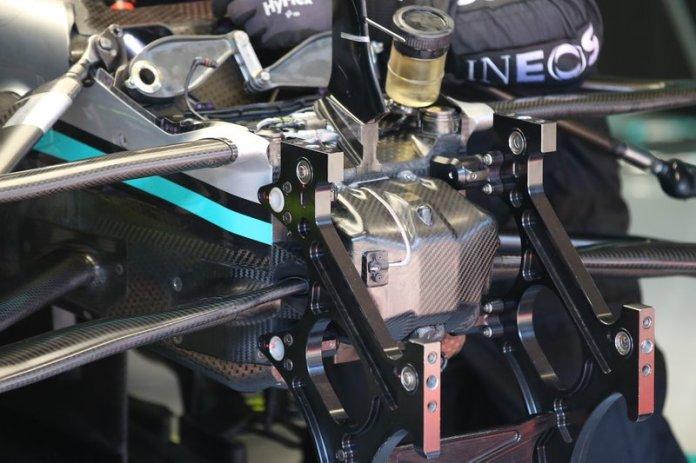 Suspensión delantera del Mercedes F1 AMG