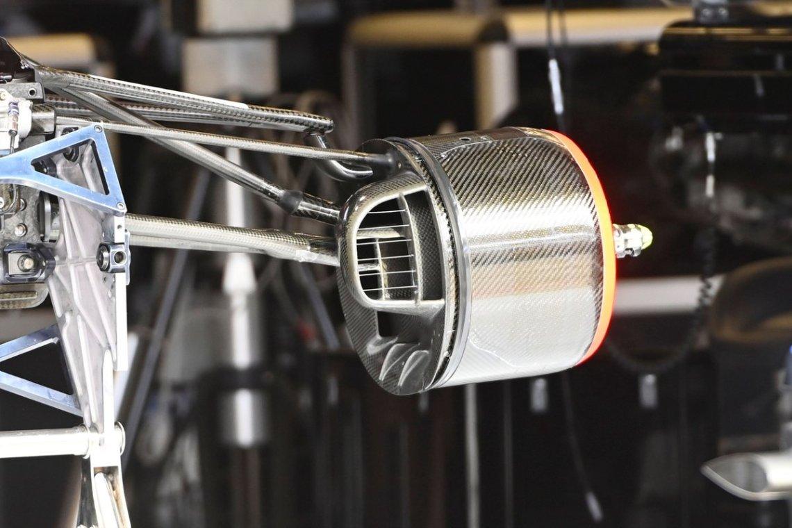Alpine A521 brake drum detail