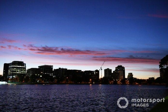 El sol sale sobre el Melbourne
