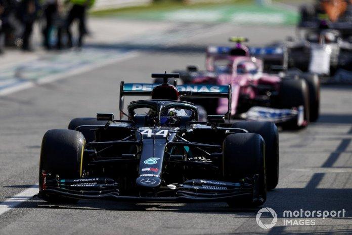 Lewis Hamilton, Mercedes F1 W11, Lance Stroll, Racing Point RP20