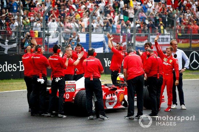 Mick Schumacher, Ferrari F2004 antes de una demostración
