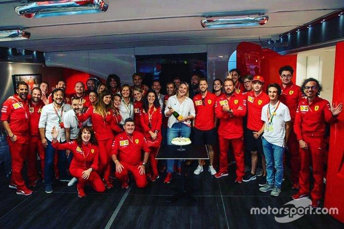 Celebración del cumpleaños de Ferrari