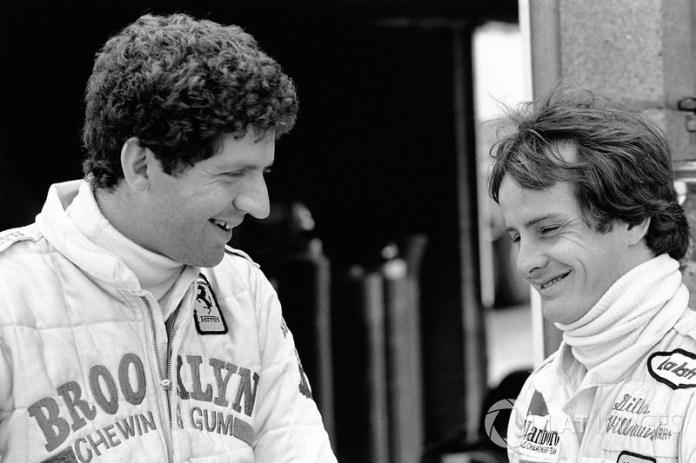 Jody Scheckter, junto a su compañero de equipo, Gilles Villeneuve, Ferrari
