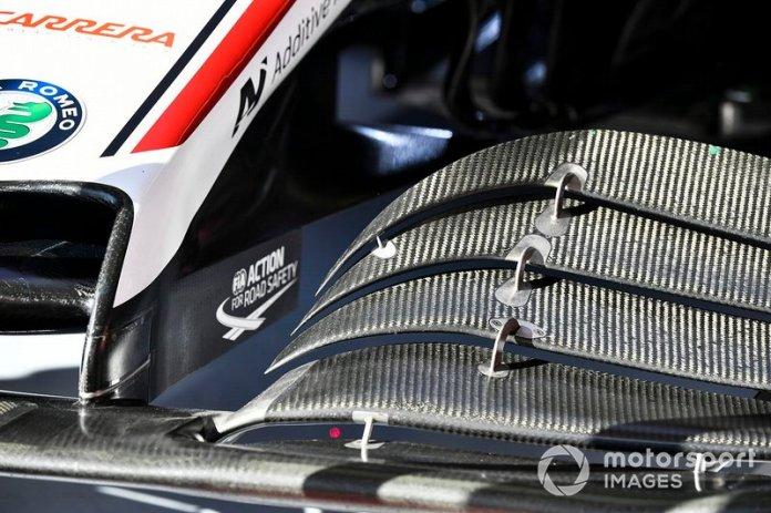 Detalle aerodinámico del ala delantera del Alfa Romeo Racing C39