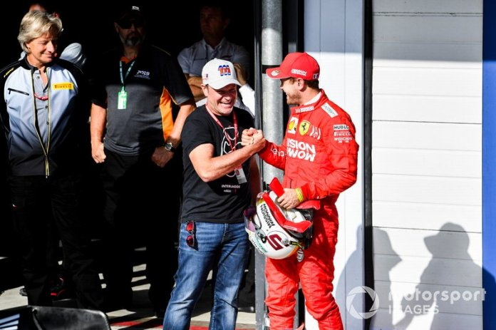 Rubens Barrichello y Sebastian Vettel, Ferrari celebran en Parc Ferme