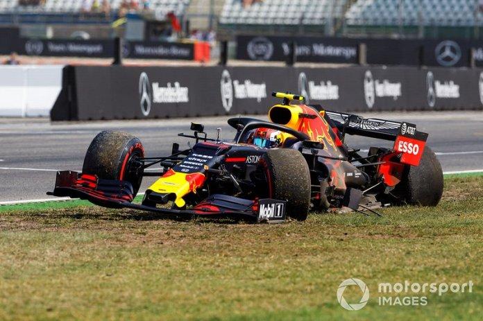 Pierre Gasly, Red Bull Racing RB15, se detiene tras un accidente