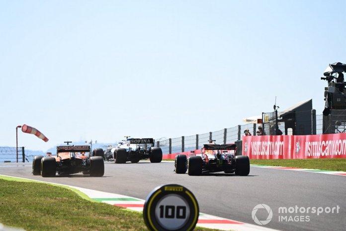 Nicholas Latifi, Williams FW43, Carlos Sainz Jr., McLaren MCL35, Max Verstappen, Red Bull Racing RB16