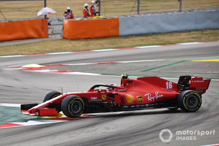 Charles Leclerc, Ferrari SF1000 hace un trompo debido a una falla eléctrica