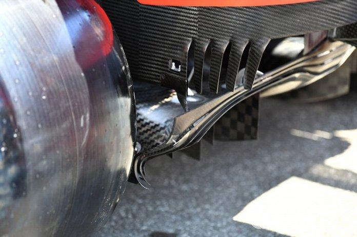 Piso trasero en el Ferrari SF90