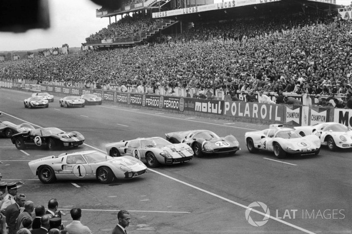 # 1 Ken Miles, is surpassed at the beginning by John Whitmore, Ford # 8, Mike Parkes, Ferrari # 20, Jo Bonnier