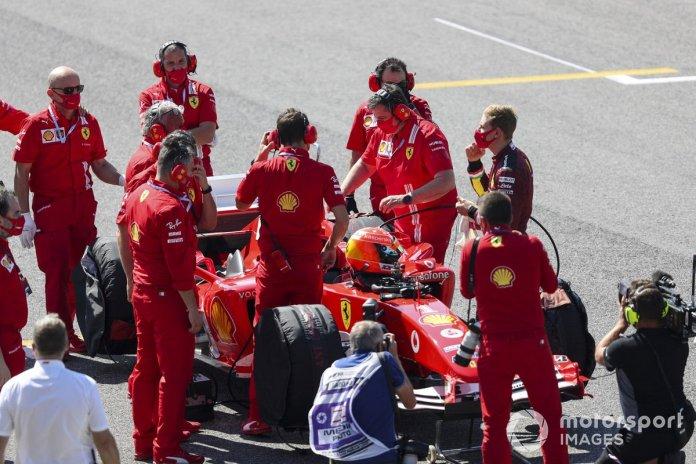 El personal de Ferrari informó a Mick Schumacher antes de conducir el Ferrari F2004