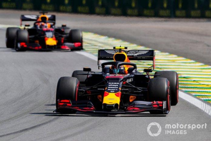 Alexander Albon, Red Bull RB15, Max Verstappen, Red Bull Racing RB15