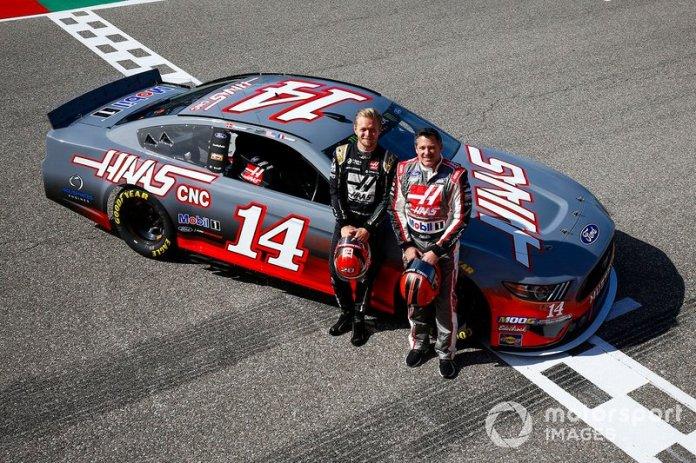 Kevin Magnussen, Haas F1 Team Team, y Tony Stewart