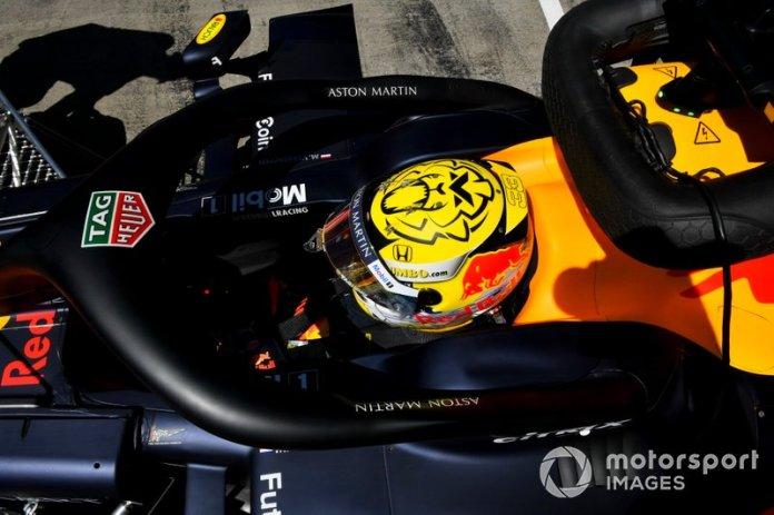 El casco de Max Verstappen, Red Bull Racing RB15, para el GP de Austria