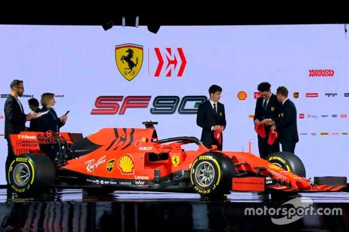 Presentación de la Ferrari SF90 de 2019