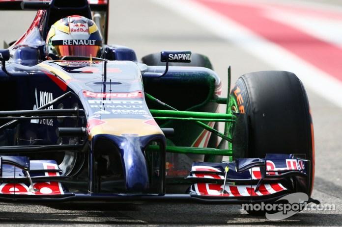 En 2015, Vettel se fue a Ferrari, lo que abrió una plaza en Red Bull. Kvyat ganó la partida a Vergne, que tras tres años se quedó también sin sitio en Toro Rosso. Quedaban así dos plazas libres en el equipo 'B'...