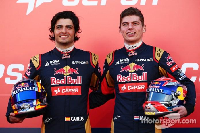 ...dichos asientos fueron ocupados por Max Verstappen y Carlos Sainz, que fueron compañeros de equipo durante un año y medio. Iban camino de serlo durante dos años, pero...