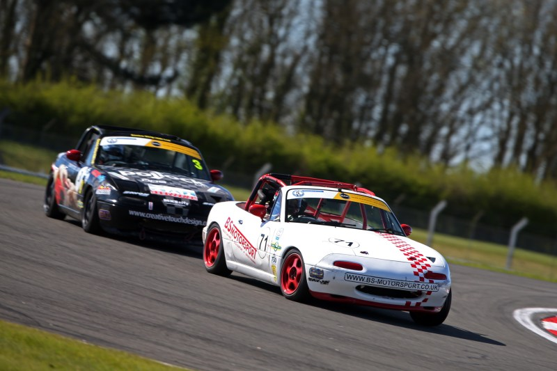 Ben Short and Mike Epps in MX-5 Cup action at Donington Park