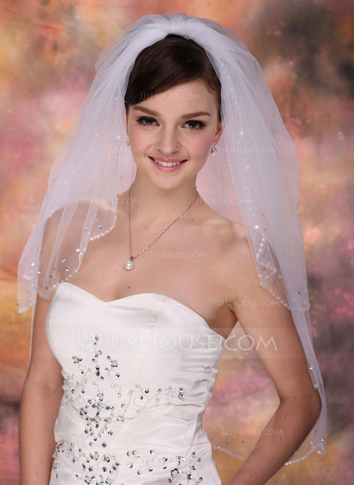 Two Tier Elbow Bridal Veils With Beaded Edge 006003756