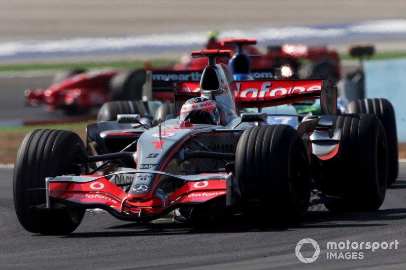 Fernando Alonso, McLaren Mercedes MP4/22