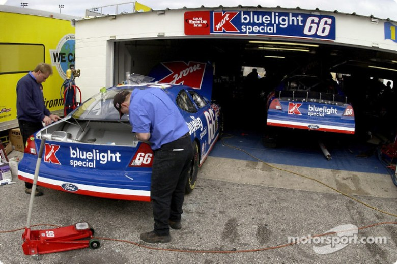 Owner Travis Carter will have his own Bluelight Special selling quarter panel space since Kmart ...