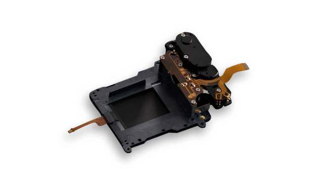 photo of the shutter mechanism of the D7500