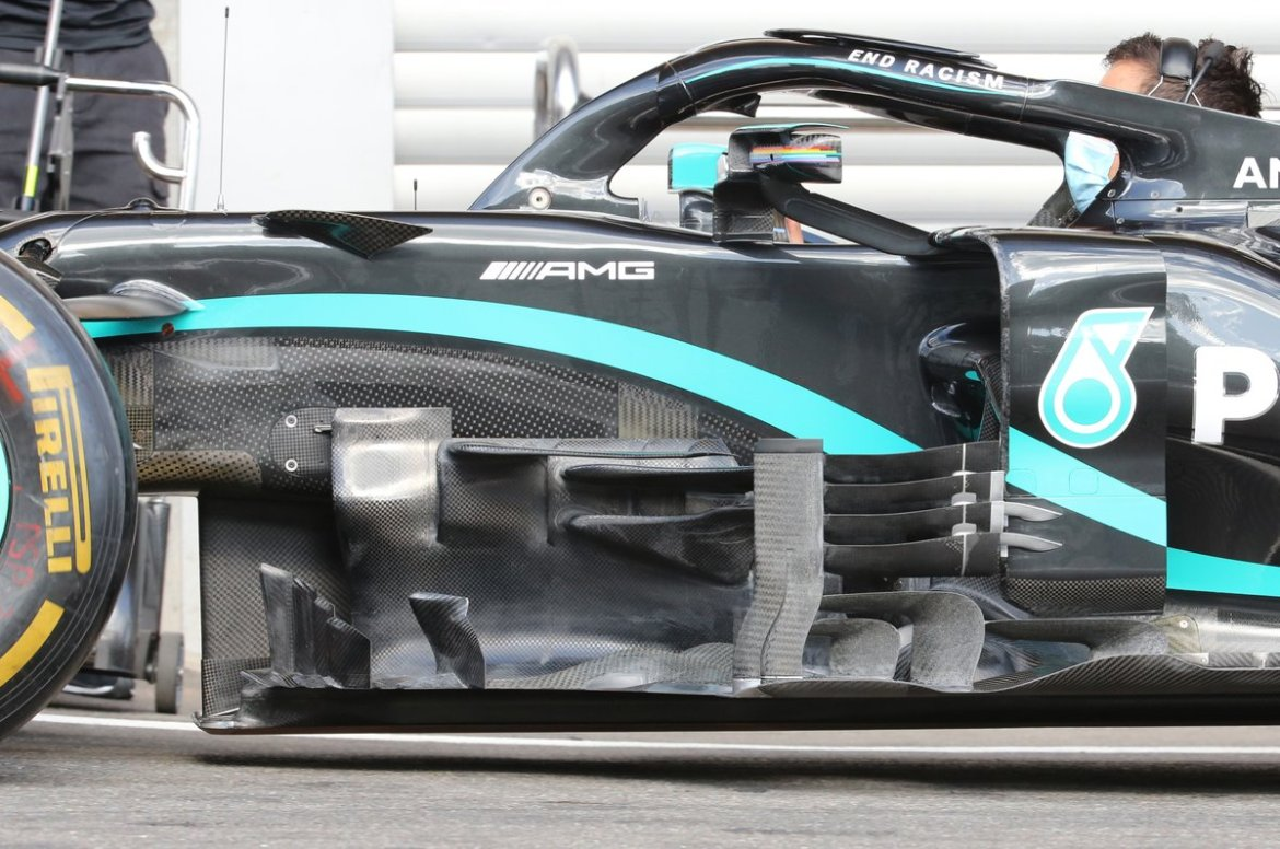Mercedes F1 W11: here are the new elements that bind the flow flap to the barge board