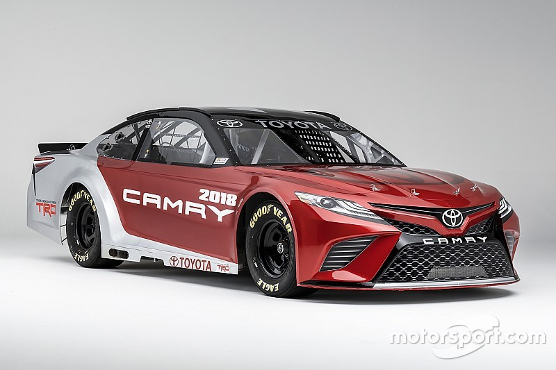 Nascar Toyota Camry 2017