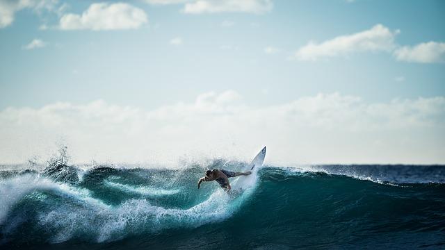 サーフィンのルール解説