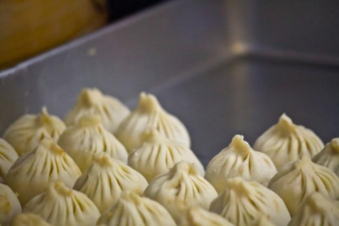 「サンセルコ」のB1にある広東料理と飲茶の店「龍苑」の点心