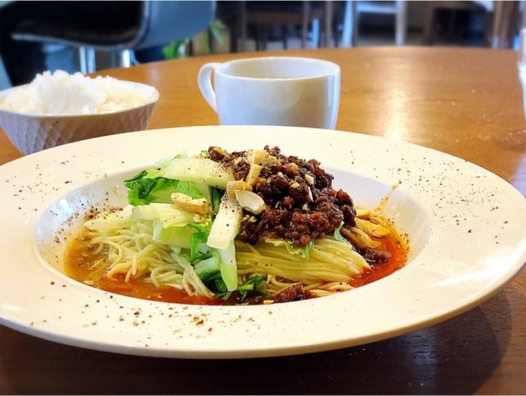 四川菜Rinrinおすすめメニューの汁なし担々麺