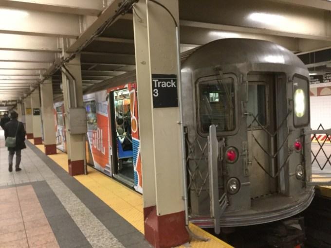「ニューヨークの地下鉄」の画像検索結果