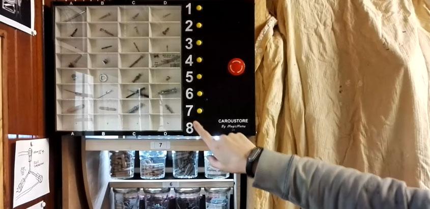 Organizador de tornillos motorizado con Arduino