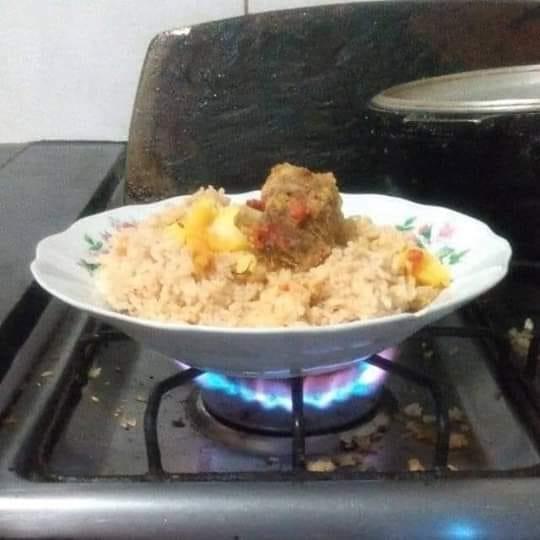 bapak dibiarkan masak