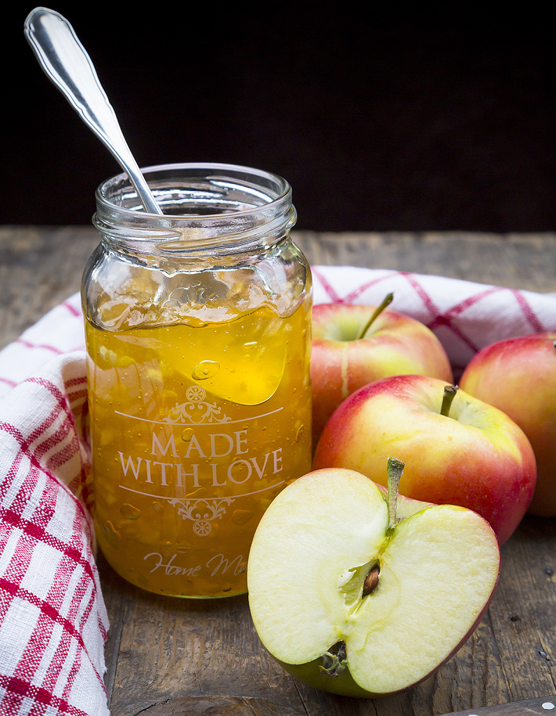 https www elle fr elle a table recettes de cuisine confiture de pommes aux deux citrons et au miel 548526