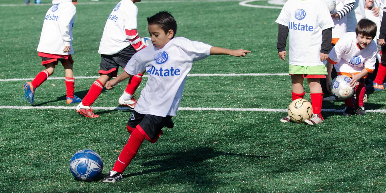 etats unis le jeu de tete interdit pour les footballeurs de moins de 10 ans
