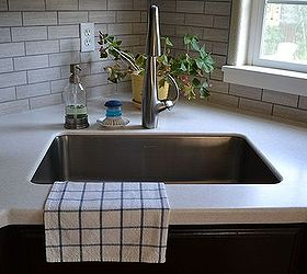 Kitchen Reveal - Dark Cabinets, Light Counters   Hometalk on Backsplash With Dark Countertops  id=78044