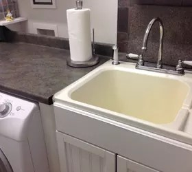 my yellowed white plastic laundry room