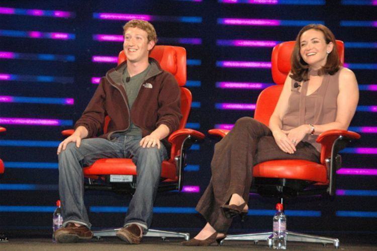 Mark Zuckerberg dan Sheryl Sandbreg
