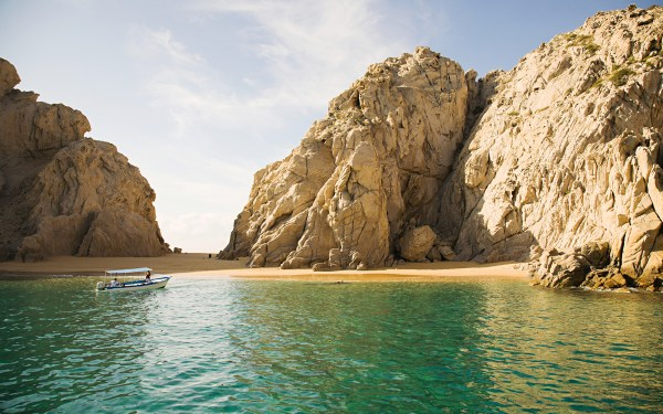 Los Cabos Hotels, Find Hotels in Los Cabos, Baja and ...