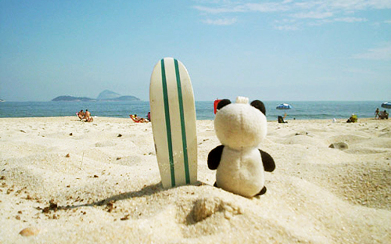 Send Your Stuffed Animal on Vacation With This Travel ...