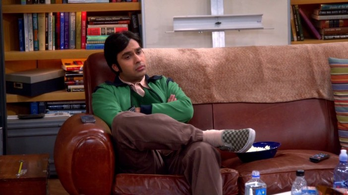 tv-the_big_bang_theory-2007_-raj_koothrappali-kunal_nayyar-footwear-s08e05-checkered_vans