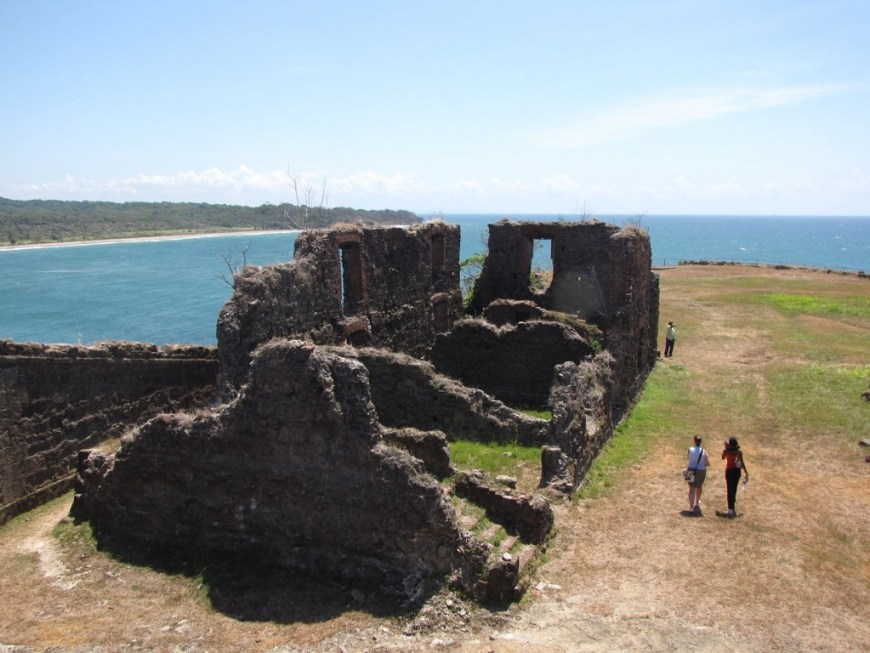 Architecture In Panama Image: Three travellers are near the San Lorenzo Fort. The section we're looking at is in ruins, and overlooks the sea.