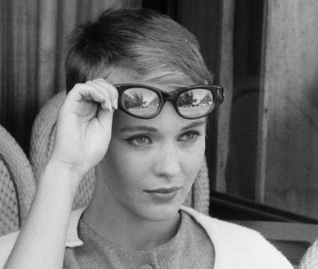 This French New Wave Mission Statement Movie Breathless United Several Pioneer Members Of That Director As Author Auteur Style That Sprang Up From The