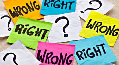 An image of post-its that say 'Right' and 'Wrong'