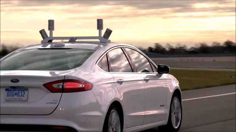 Ford Fusion autonome avec capteurs Velodyne