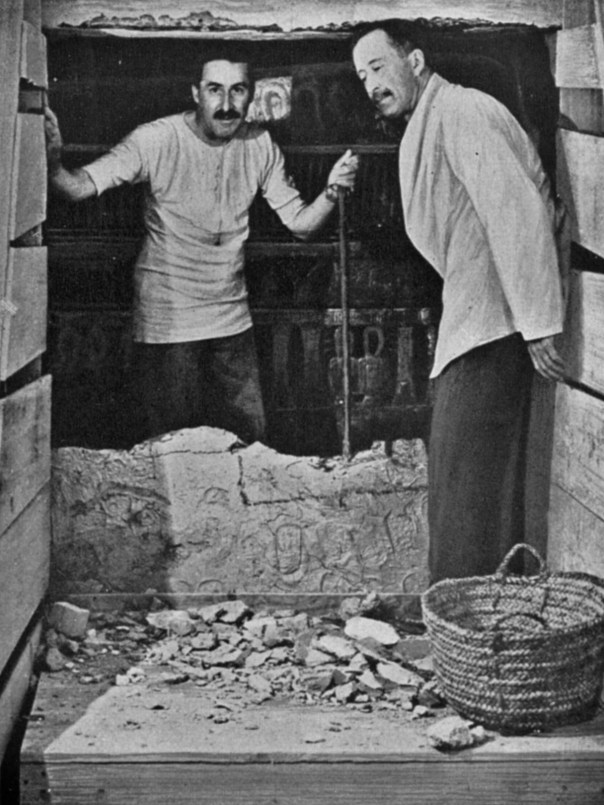 Carter and Carnarvon at the entrance to the burial chamber